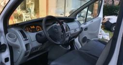 Opel vivaro 2.5 cdti 147 ks, teretni 2007.g