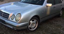 Mercedes E200 plin