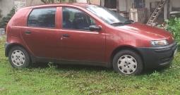 Prodajem Fiat punto