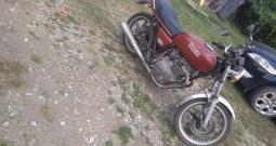 Yamaha XS400 prodajem ili mjenjam