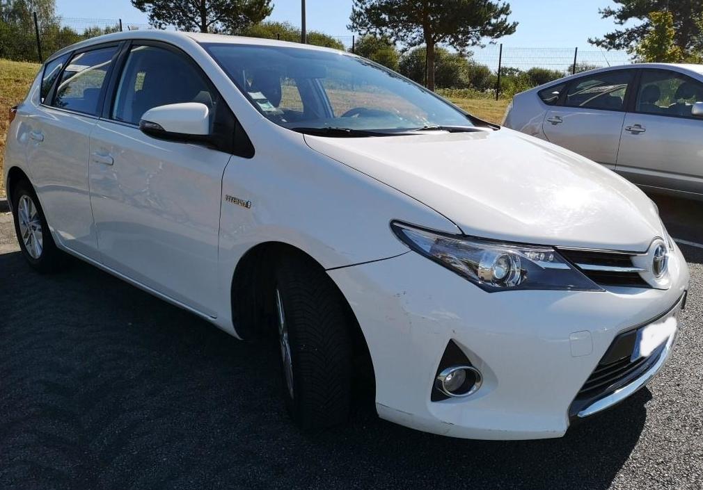 TOYOTA AURIS Hybrid 1.8 VVT - 2014 - 92500 km