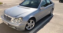 Mercedes Benz - CDI 220 - C class