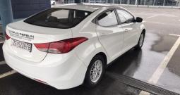 Hyundai Elantra 1.6MPI s plinom