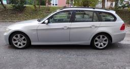 BMW serija 3 Touring 320d  * 2 seta ALU felgi