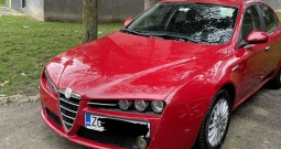 Alfa Romeo 159 1.9 JTDM u super stanju
