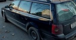Passat VW 1.9 TDI crni karavan, 2001. g
