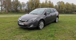 Opel Astra J ST 1,7 CDTI INNOVATIO REG. 5/22