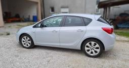 Opel Astra 1.7 CDTI - TOP STANJE