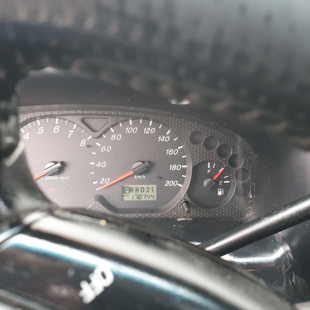 Mazda Tribut 3.0 V6