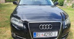 Prodajem Audi A3 1,6 Sportback Attraction