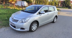 Toyota verso 1,6, 2010, benzin