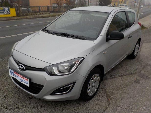 Hyundai i20 N-1,nije uvoz,na ime,36.000km,MODEL 2014**KARTICE**RATE**