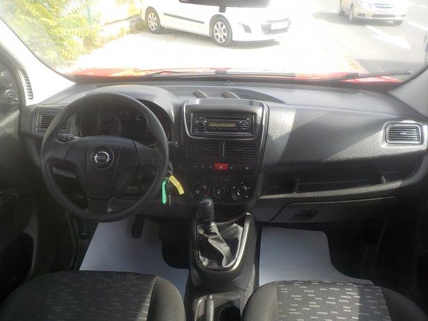 Opel Combo 1,6 CDTI,N-1,5 SJ.,MODEL 2013 ukupno sa PDV-om**KARTICE**