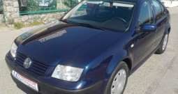 VW Bora 1,4 16v,nije uvoz,129.000km,klima,MODEL 2002**KARTICE**RATE**