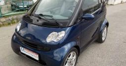 Smart fortwo cabrio reg.07/17,na ime,MODEL 2003 automatik**KARTICE**