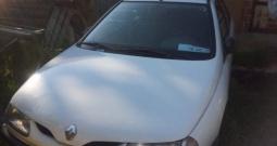 Renault Laguna 1.8,registrirana godinu dana