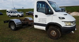 Iveco daily 65c17. 3. 0hpi. 2006 godina. Prodajem kamion bez sanduka.