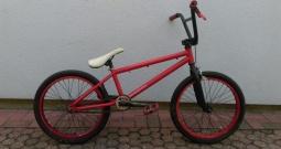 Prodajem biciklo BMX